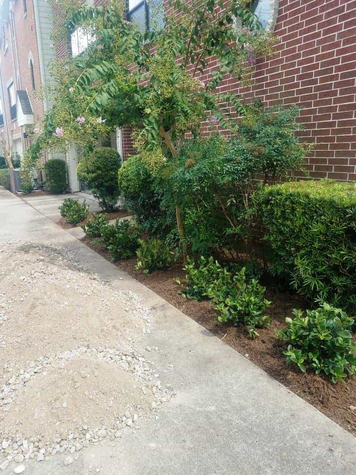 helms-landscape-greenwillow-pavers101