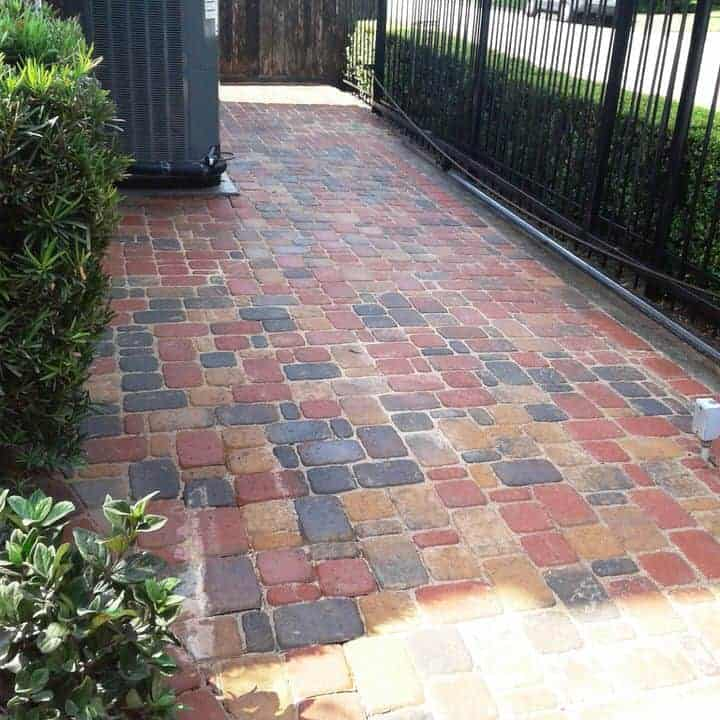 helms-landscape-greenwillow-pavers104