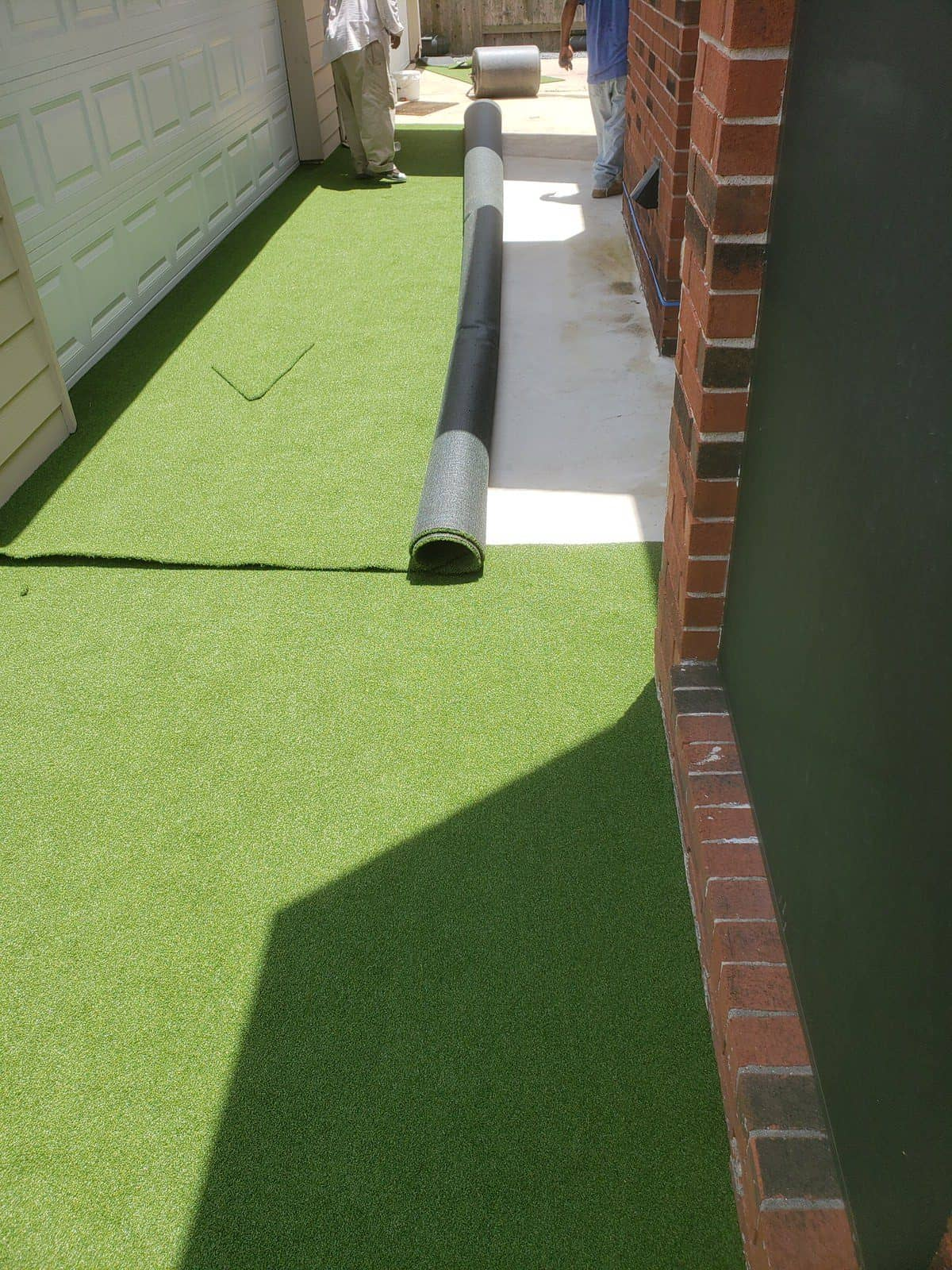 helms professional backyard synthetic grass process